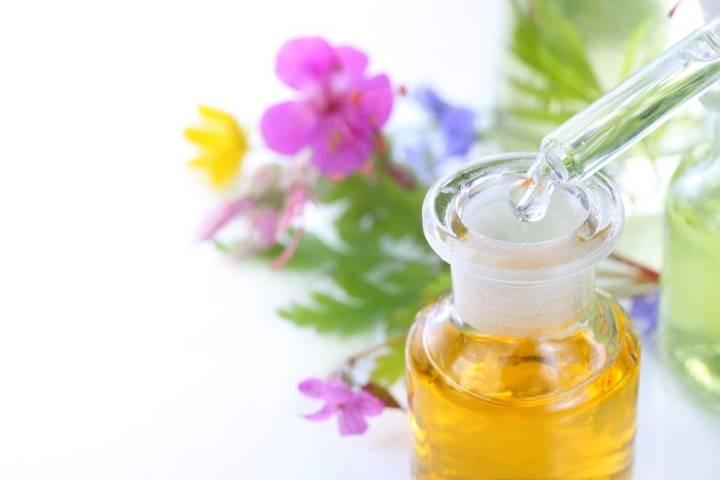 Astuces, recettes et guides sur les huiles essentielles et végétales