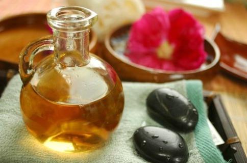Les huiles essentielles pures et naturelles