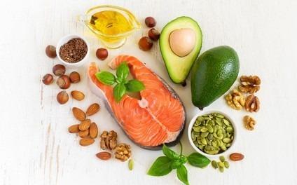 huile végétale et acide gras essentiels