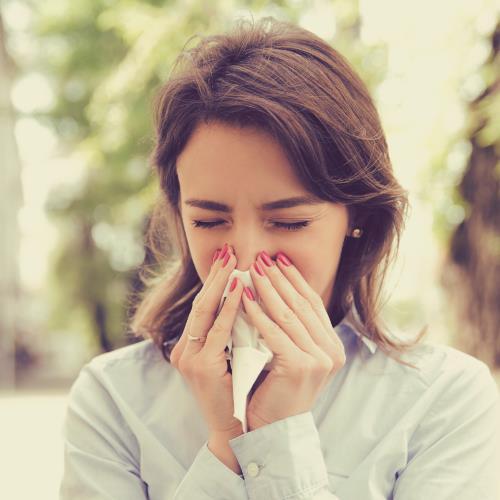 Soigner une allergie avec les huiles essentielles